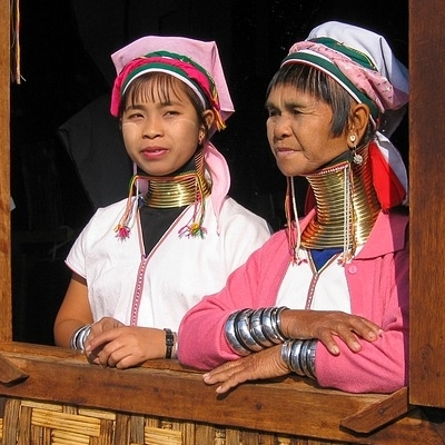 Templi e scoperta dell'etnia Kayan Tour Culturali