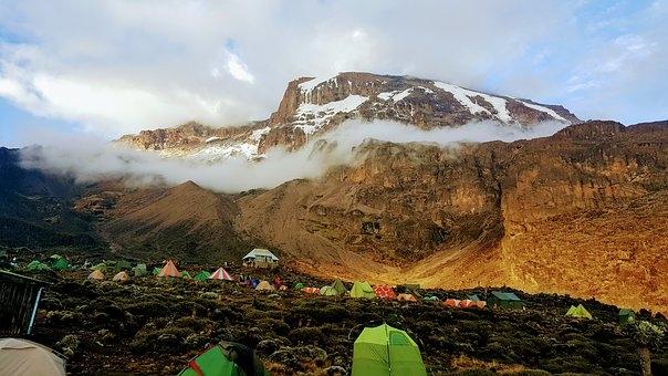 Tanzania, La mitica salita al Kilimanjaro