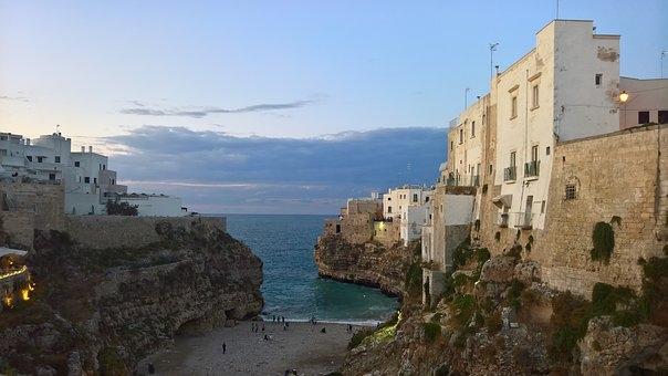 Puglia e Matera:terra sospesa tra oriente e occidente