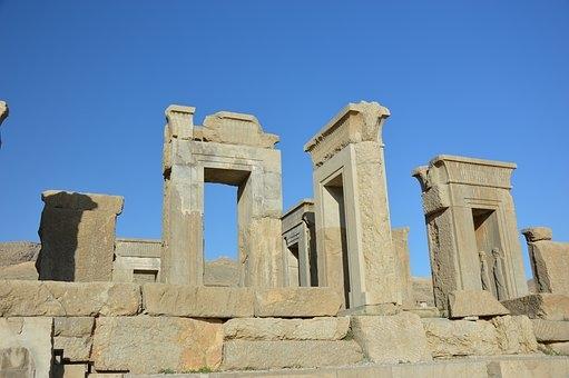 Iran e Armenia, Incontro di civiltà: tra Islam e Cristianesimo Tour Culturali