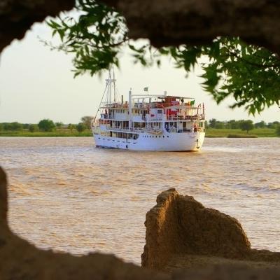 Crociera sul fiume Senegal con una nave da leggenda