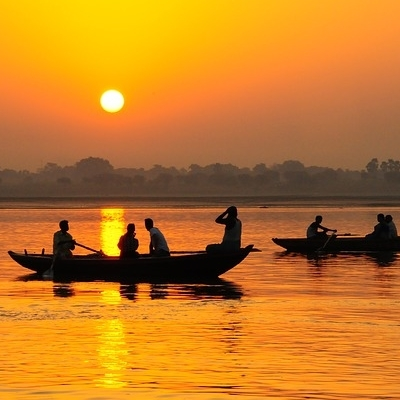 EXPLORE NORTH INDIA & THE GANGES